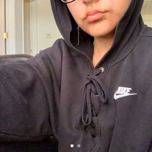 NIKE Hoodie with Tie String Front